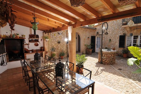 bunyola-terrace